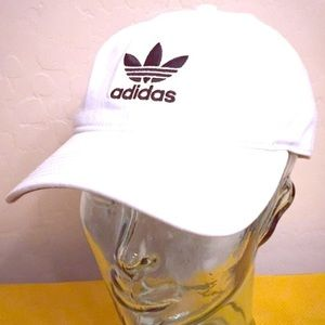 🆕 Adidas Women's Originals Relaxed Strapback Cap